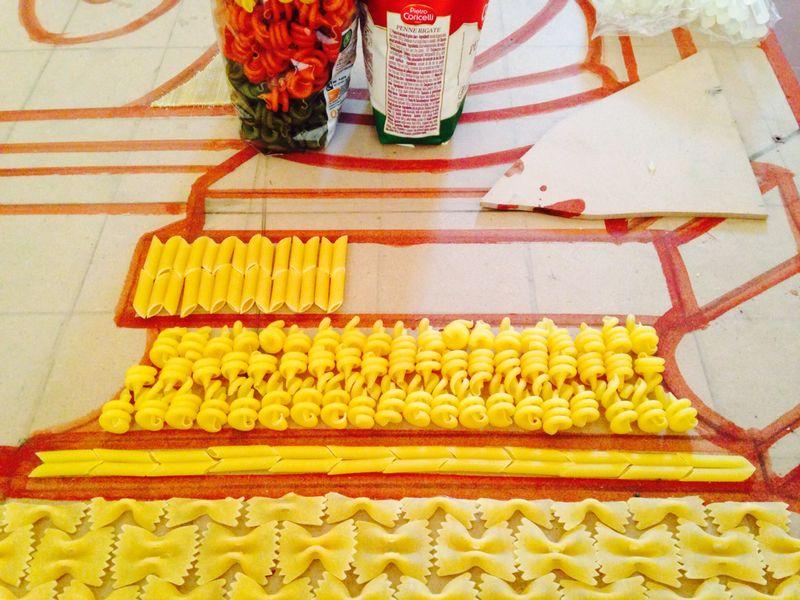 """Installazione Scenografica Dal titolo: Il Trionfo della Pasta Anno 2014 Progetto """" B FOOD"""", Asociazione Culturale Segni Inversi, Casina del Principe Carracciolo, Avellino, 25 Giugno- 15 Settembre 2014"""