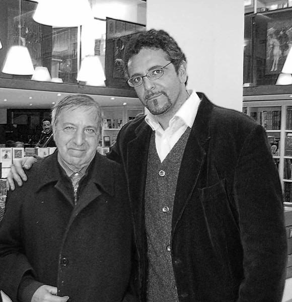 Gennaro Vallifuoco in compagnia del M° Roberto de Simone